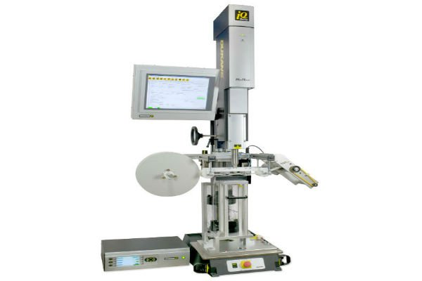 iQ-Servo-Cut-Seal-with-Film-Feeder.jpg